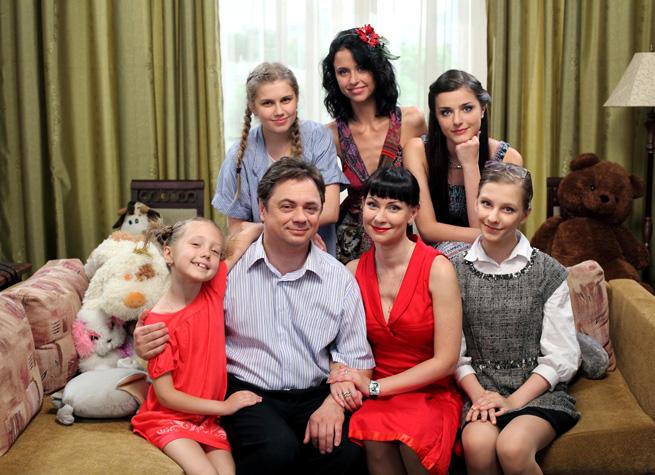 Папины дочки актрисы в 2017 году камерон диаз в фильме про рождество