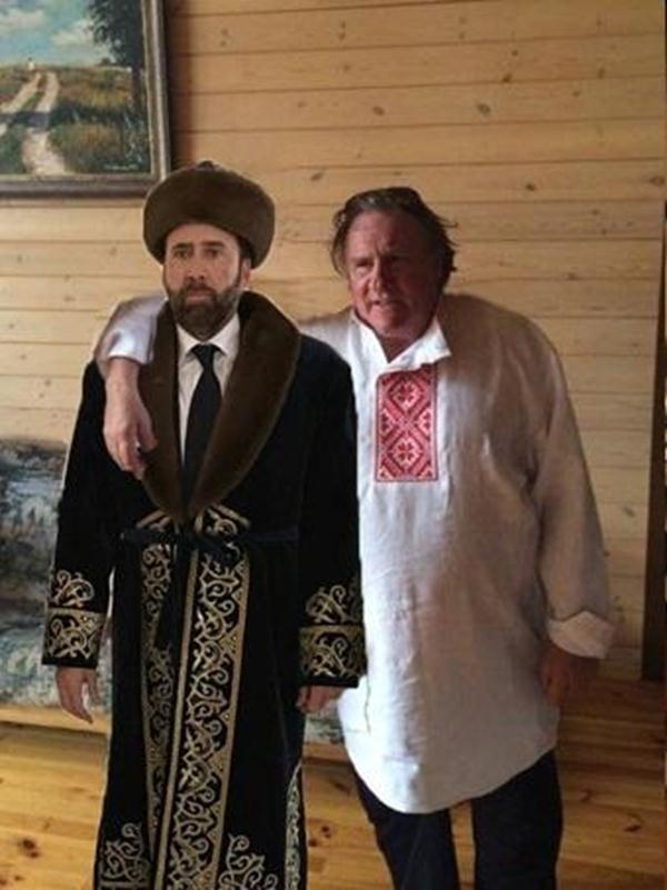 что Кейдж делал в Казахстане