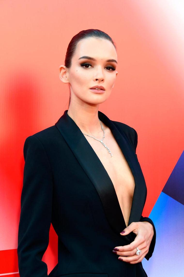 Паулина Андреева: цвет бюста