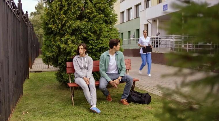 Читать полное описание всех серий пятого сезона Молодежки