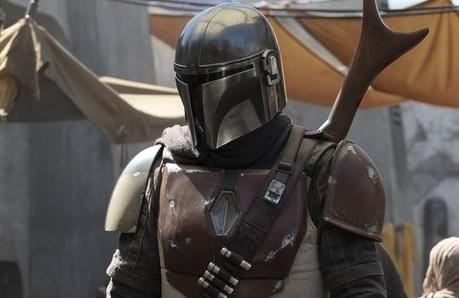 Первые промо-кадры сериала «Мандалорец» по вселенной «Звездных войн»