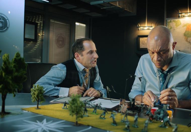 Кадры из 2 сезона сериала Адаптация: актеры и роли