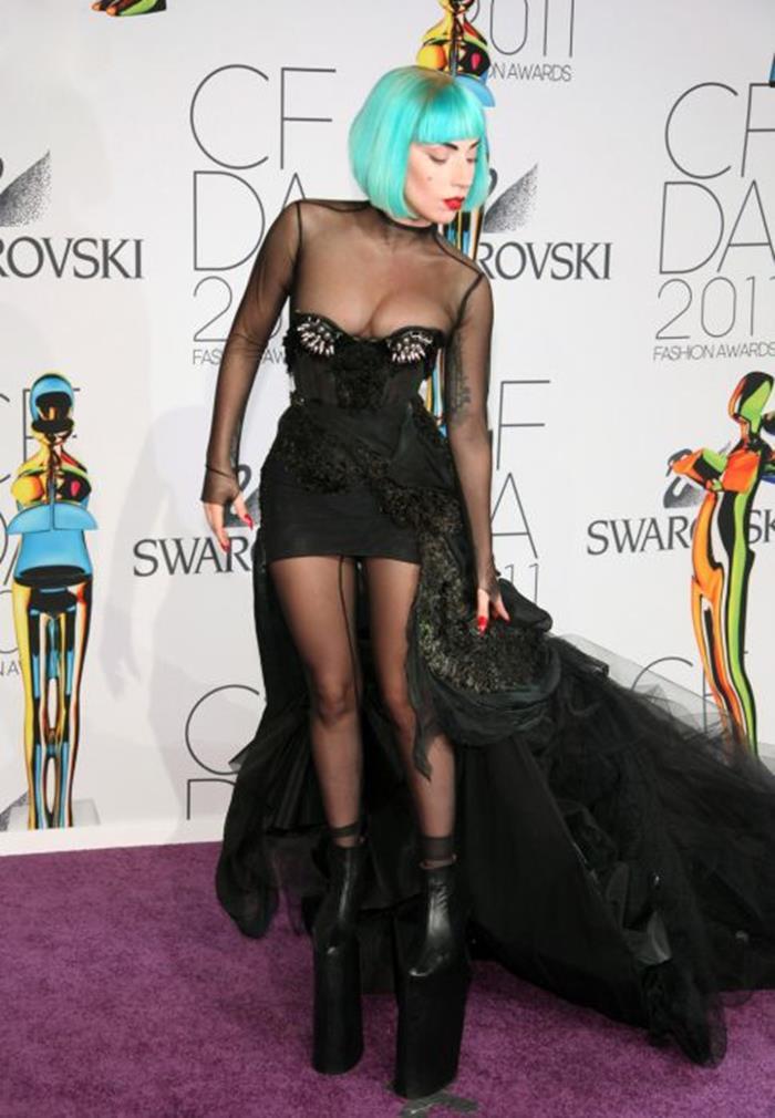 Леди Гага: параметры фигуры