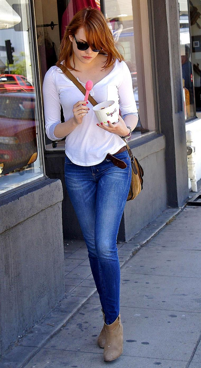 Эмма Стоун: размер груди