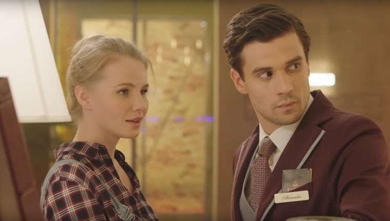 Актеры сериала Война за отель СТС