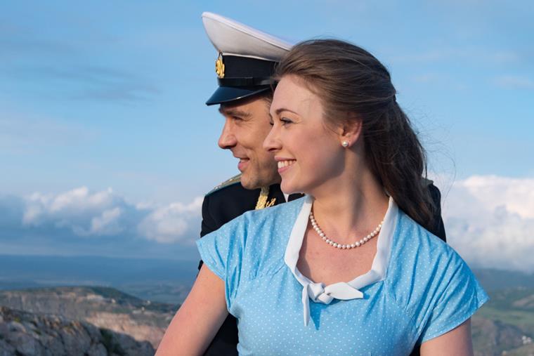 Актеры и роли сериала «Невеста комдива»