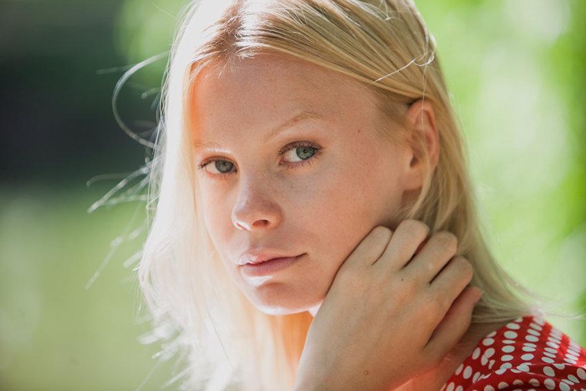 Кто играет роль Оли Толкуновой в сериале «Несмотря ни на что»?
