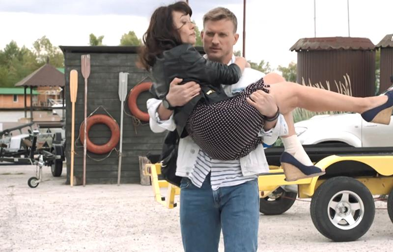 Подробное содержание всех серий сериала Водоворот на канале Россия