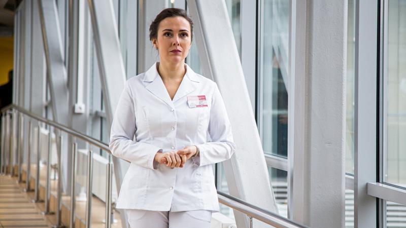 Содержание краткое серий сериала Спросите медсестру 2021